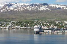 Ausblick auf Akureyri, Island Mount Rainier, Iceland, Mount Everest, Mountains, Nature, Travel, Europe, North West, Islands