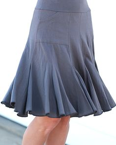 Seven Year Skirt - Pewter  I have it in red and I love it I need this too