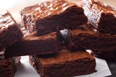 "High Protein, Low Carb, Healthy ""Brownie"" Dessert, black bean brownies, high protein brownies"