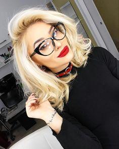 Makeup Red lips Glasses Blonde Hair