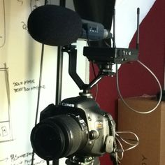 Awesome camera setup for shooting videos: Canon T3i, Zoom H4n, and Sony UWP-V6 Wireless Mic on a Cool-Lux MD3000 Bracket