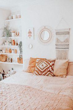 Cute Bedroom Decor, Room Ideas Bedroom, Cute Bedroom Ideas, Bedroom Inspo, Dream Bedroom, Boho Teen Bedroom, Bedroom Small, Orange Rooms, Bedroom Orange