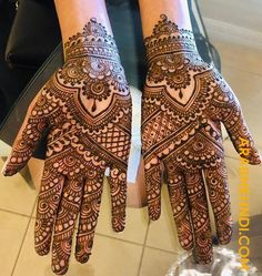 50 Most beautiful Front Hand Mehndi Design (Front Hand Henna Design) that you can apply on your Beautiful Hands and Body in daily life. Mehndi Designs Front Hand, Henna Tattoo Designs Simple, Legs Mehndi Design, Latest Bridal Mehndi Designs, Full Hand Mehndi Designs, Henna Art Designs, Mehndi Designs For Beginners, Mehndi Design Photos, Mehndi Designs For Fingers