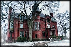 https://flic.kr/p/HEcFuV | Summit Ave. Mansion in Winter | One of the many beautiful mansions located on Summit Ave. in St. Paul, MN