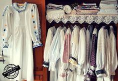 Wardrobe Rack, Kimono Top, Chic, Tops, Home Decor, Women, Fashion, Shabby Chic, Moda