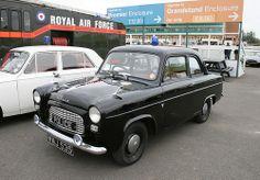1959 Ford Anglia Police Car JpM ENTERTAINMENT British Police Cars, Old Police Cars, Army Police, British Car, Old Trucks, Fire Trucks, Retro Cars, Vintage Cars, Emergency Vehicles