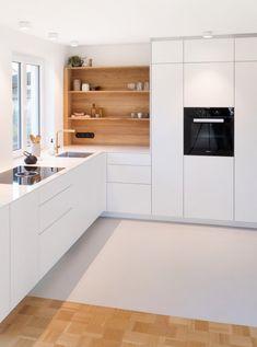 Kitchen Room Design, Home Room Design, Modern Kitchen Design, Home Decor Kitchen, Interior Design Kitchen, Home Kitchens, House Design, Modern Kitchen Interiors, Diy Kitchen Storage