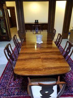 Elegant Henredon Dining Room Set Table w 2 leaves 8 Chairs Breakfront Buffet
