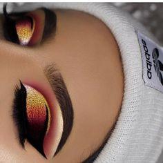 makeup classes eye makeup tips makeup on white dress makeup jaclyn hill palette makeup tutorial for beginners makeup allergy eye makeup goes with black dress makeup brands Makeup Eye Looks, Cute Makeup, Glam Makeup, Gorgeous Makeup, Pretty Makeup, Skin Makeup, Makeup Inspo, Eyeshadow Makeup, Makeup Inspiration