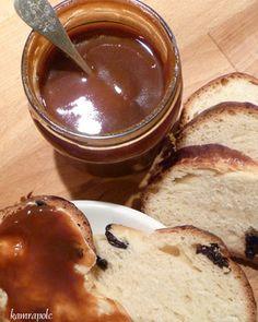 kamrapolc: Egyszerű csipkebogyólekvár Naan, Chocolate Fondue, Pudding, Desserts, Recipes, Food, Tailgate Desserts, Deserts, Custard Pudding