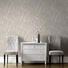Wallpaper Accent Wall - Wallpaper Trends 19 Stunning Examples of Metallic Wallpaper Neutral-trees- Living Room Wallpaper Neutral, Accent Walls In Living Room, Living Room Grey, Living Room Decor, Decor Room, Grey Interior Design, Home Interior, Modern Interior, Metallic Wallpaper