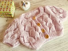 Knitting For Kids, Knit Patterns, Crochet Baby, Knitted Hats, Baby Kids, Youtube, Casual, Sweaters, Dresses