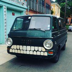 Toothy Dodge van