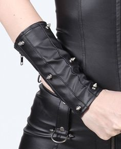 looks nicer than my Tripp ones :)  :PVC Gauntlets