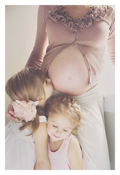 love this pic. cant wait to take a pic like this with my two girls in the future.