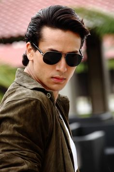 Tiger Shroff to release music video dedicated to Michael Jackson,Tiger Shroff, Michael Jackson, Actor, Bollywood Aaina Indian Celebrities, Bollywood Celebrities, Handsome Celebrities, Tiger Shroff Body, All About Tigers, Indian Bodybuilder, India Actor, Sr K, Actor Picture