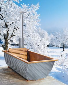 Must have 😉 Aluminiumbadewanne mit Holzofen recover deleted photos android 2020 Outdoor Tub, Outdoor Baths, Outdoor Bathrooms, Wood Chair Design, Diy Garden Furniture, Garden Stepping Stones, Cottage Art, Diy Spa, Pool Designs