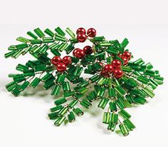 Classical Christmas decorations made from Czech PRECIOSA seed beads have been part of the Christmas atmosphere of many households and interiors for several decades. Beaded Ornament Covers, Beaded Ornaments, Holiday Ornaments, Diy Ornaments, Beaded Christmas Decorations, Christmas Jewelry, Christmas Eve, Felt Christmas, Homemade Christmas