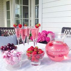 """""""Strawberries and cherries are the favorites #myhome #homeandgarden #summer #inspiration"""""""