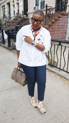 A Style Enthused Young Woman: Photo Bald Women Fashion, Mature Fashion, Fashion For Women Over 40, Curvy Girl Fashion, Love Fashion, Trendy Fashion, Plus Size Fashion, Casual Outfits, Cute Outfits