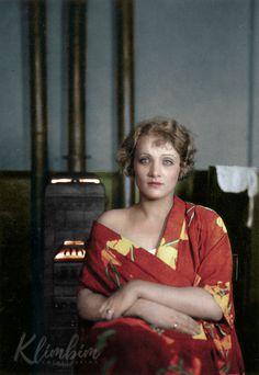Marlene-Dietrich-web-color.jpg