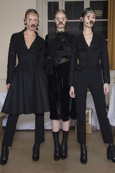 Givenchy Fall 2015 Ready-to-Wear Fashion Show Beauty