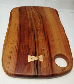 plum cutting board by woodwji End Grain Cutting Board, Cutting Boards, Fun Projects, Wood Projects, Wood Joints, Bread Board, Wood Creations, Serving Board, Wooden Spoons
