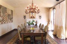 Beautiful and elegant Dinning Room
