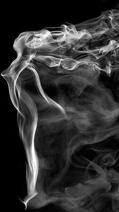 Smoke art by Mehmet Ozgur.