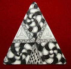 Greetings Fellow Tanglers! I am working on the 12 days of 3zs challenge that Zentangle HQ is doing this holida...