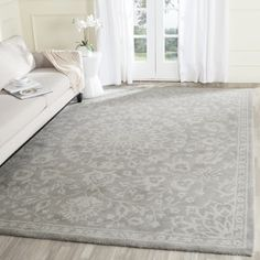 Shop for Safavieh Bella Contemporary Handmade Grey/ Silver Wool Rug (10' x 14'). Get free shipping at Overstock.com - Your Online Home Decor Outlet Store! Get 5% in rewards with Club O!