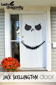 A Glimpse Inside: 25 Fall & Halloween Front Porch Decorating Ideas