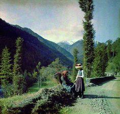 Road at Lemie, Italy, by Ferdinando Fini Viù (1908)