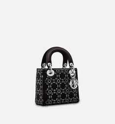 fd7503e6a97ea 150 Best next bag purchase images in 2019 | Chanel handbags, Chanel ...