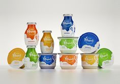 Moms are always concerned about the health and well-being of their  families, and Vitagurt makes giving them healthy and organic food even  easier. Designed by Irina Hasselbusch, these convenient to-go bottles and  easy-to-pack containers make it easy to have delicious and natural yogurt  anywhere.
