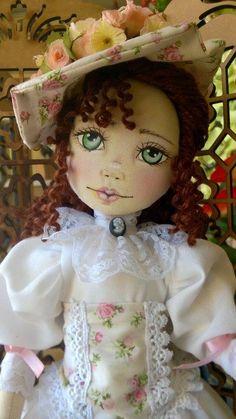 Bonecas de pano. Dama Antiga Soraia Flores.