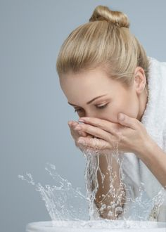 How to Wash Your Face the Right Way | StyleCaster