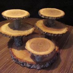 Diy tree cake stand - diy at your home Rustic Cupcake Stands, Rustic Cupcakes, Cake And Cupcake Stand, Cupcake Display, Rustic Cake, Cupcake Holders, Rustic Wood, Wedding Cake Holders, Wedding Cake Stands