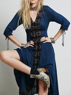 Bohemia Inwrought Half Sleeve V Neck Big Hem Beach Long Dress – oshoplive