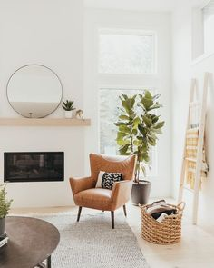 Today, we're showing you 8 Scandinavian living rooms we simply adore, and how to get the same look! Interior Design Living Room, Living Room Designs, Living Room Decor, Flat Interior, Living By Design, Living Room Shelving, Living Room Apartment, Swedish Interior Design, Living Room Mantle