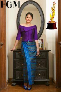Batik Dress, Saree Dress, Traditional Fashion, Traditional Dresses, African Fashion Dresses, African Dress, Modern Filipiniana Gown, Elegant Dresses Classy, Myanmar Dress Design