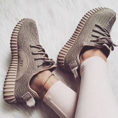 I think Santa missed my memo?? #needthese #yeezy #luxe
