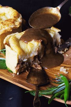 Minted handheld Lamb pies with horseradish mash topping and rich minty gravy. Lamb Recipes, Meat Recipes, Cooking Recipes, Recipies, Lamb Pot Pie Recipe, Sweets Recipes, Dinner Recipes, Desserts, Quiches