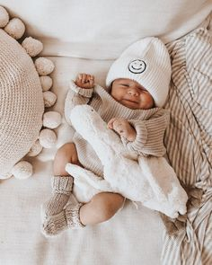 Cute Baby Pictures, Newborn Pictures, Little Babies, Cute Babies, Little Ones, Baby Family, Baby Time, Cute Baby Girl, Cute Baby Clothes