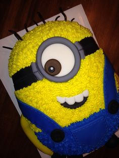 Minion Birthday Cake :)