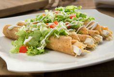 Prepara nuestra receta de Tacos dorados Philadelphia para la hora de comer. ¡Sorprende a tu familia con esta deliciosa receta de comida!