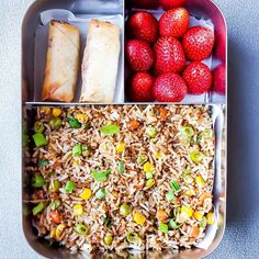 This Veggie Fried Rice recipe is featured in the Healthy Kids feed along with many more. Veg Fried Rice Recipe, Vegetable Fried Rice, Veg Spring Rolls, Chicken Spring Rolls, Vegetarian Bake, Vegetarian Recipes, Vegan Lunch Box, Good Food, Yummy Food