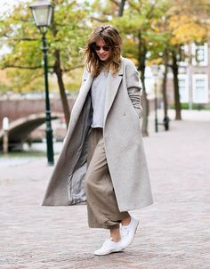 Oversized coat and culottes - it shouldn't work but so does! www.redreidinghood.com