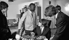 Meet the Beatles for Real: Waiter snuck in