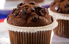 Low Fat Chocolate Chip Muffins from Betheny Frankel Banana Chocolate Chip Pancakes, Double Chocolate Chip Muffins, Low Fat Chocolate, Chocolate Recipes, Choc Muffins, Baking Muffins, Chocolate Heaven, Chocolate Chips, Just Desserts